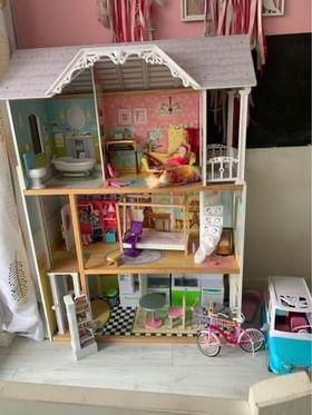 Duży domek dla lalek z dodatkami Stargard - image 1