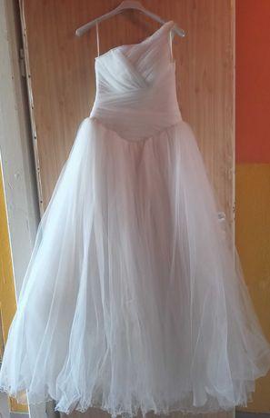 Oddam za darmo suknie ślubną