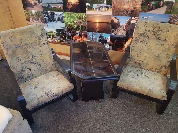 Stolik+dwa   fotele