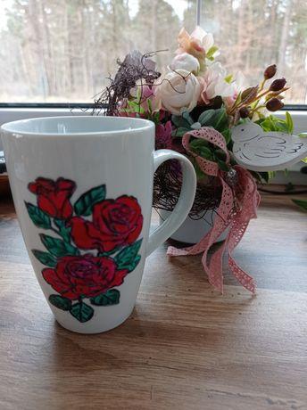 Kubek porcelanowy ręcznie malowany kwiaty NA NP.DZIEN MATKI