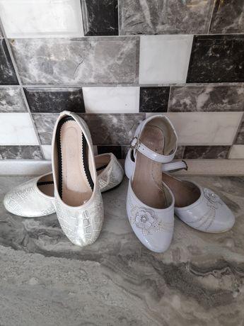 Дитячі туфельки на дівчинку