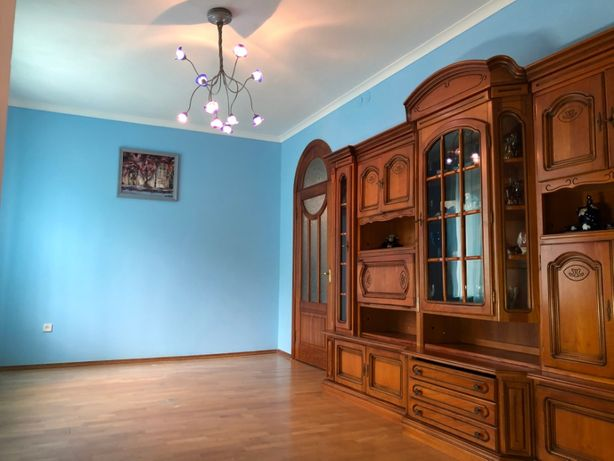 Продам 3-х комнатную квартиру в сталинке по ул.Ромоданова 19