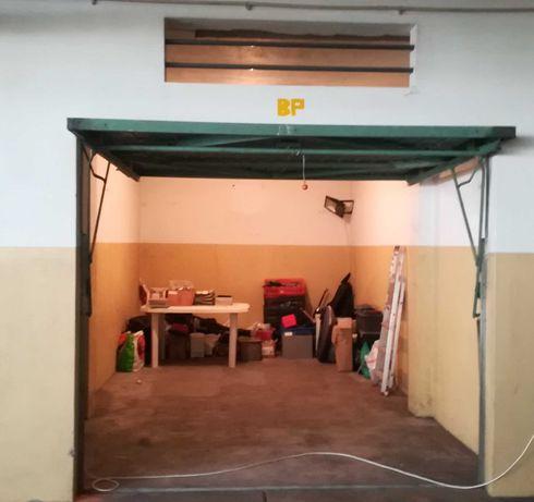 Garagem Box Fechada em V.N.Gaia (Rechousa)