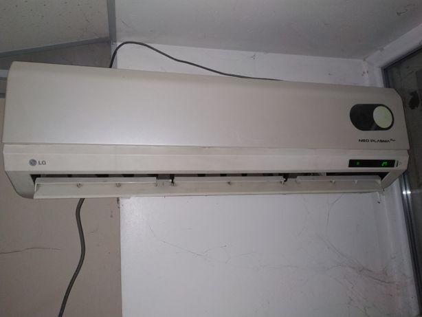 Продам кондиционер LG-12LHP на 40 м 2