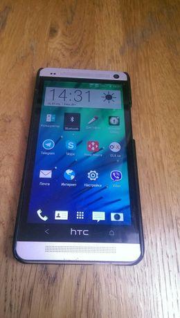 Продам смартфон HTC One M7 dual sim 802W