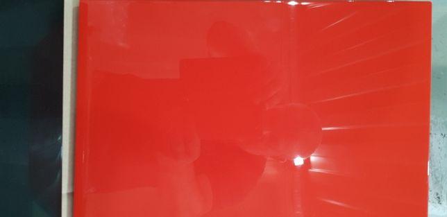 Lakierowanie natryskowe w kabinie bezpyłowej mebli,konstrukcji ,fronty
