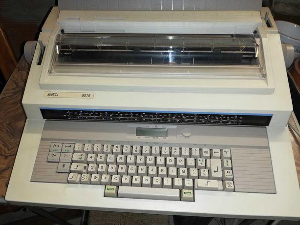 Máquina de escrever elétrica xerox