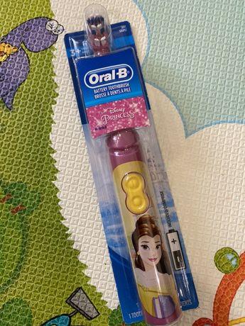 Детская зубная щётка Принцесса Oral-B Щетка Бель Ариель Рапунцель