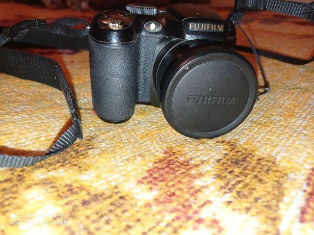 Продам Fujifilm S2800HD