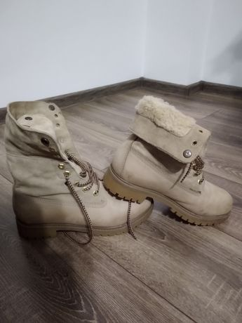 Продам черевики фірми LANDROVER