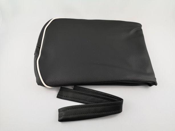 Pokrowiec siedzenia SHL czarny z białą kedrą
