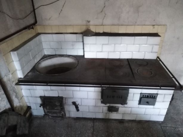 Piec kaflowy kuchnia