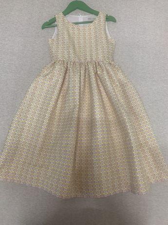 Стильное нарядное  платье на Новый Год