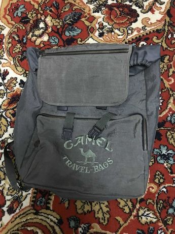 продам вместительный рюкзак Camel