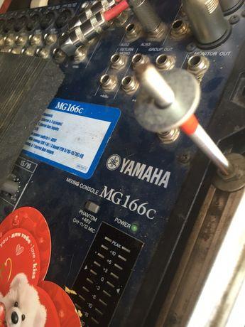 Мікшер Yamaha mg166c