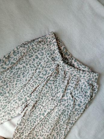 Pudrowe Spodnie na lato w panterkę