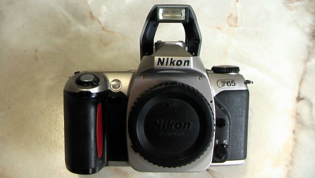 Фотоаппарат пленочный Nikon F65