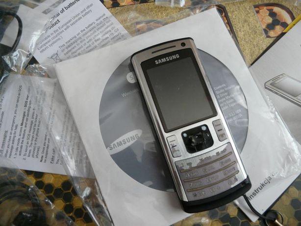 Samsung SGH-U800 + akcesoria