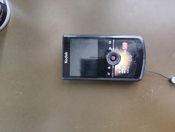 Kamera Kodak zi8 full hd
