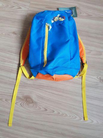 Mały lekki plecak dziecięcy nowy