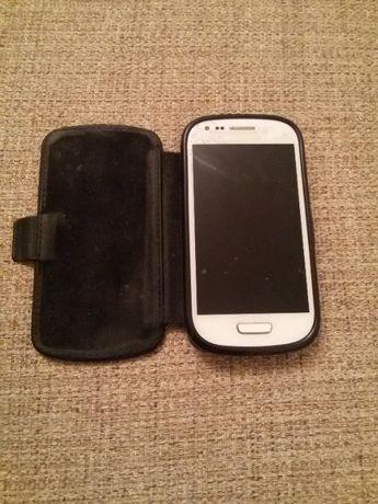 Смартфон Samsung Galaxy S3 mini