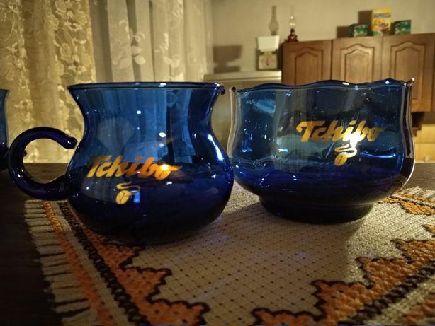 Serwis kawowy z niebieskiego szkła Tchibo z lat 90-tych