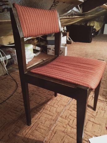 Krzesła stylowe bordowe