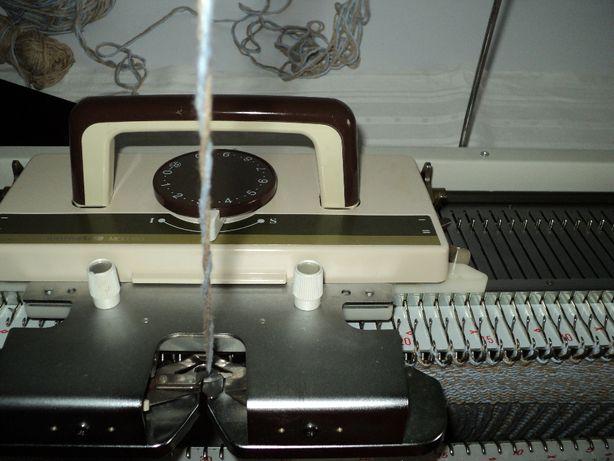 Knitmaster SK150 японская вязальная машина 3класса