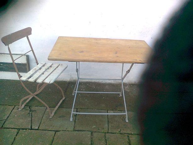 Stół metalowy antyk