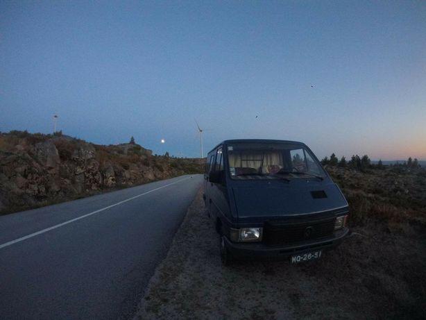 Camper Van Carrinha Renault Trafic