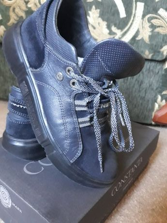 Продам кросовки р.35