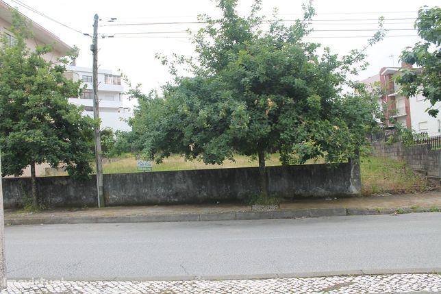 Pavilhão industrial MADAIL situado em Oliveira de Azeméis.