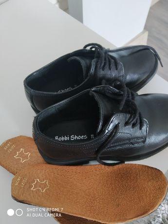 Buciki pantofle eleganckie skórzane 28
