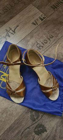 Туфли на каблуке Club Dance для бальных танцев (латина)