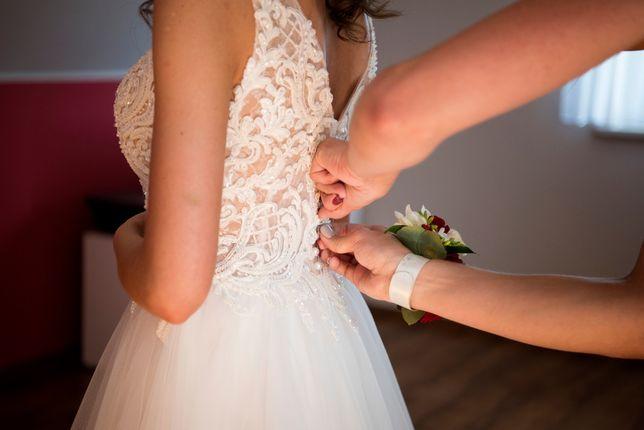 Suknia ślubna model Celise Ivanka