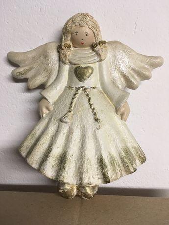 Figurka aniołka
