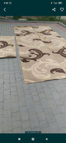 Продам коври гарної якості в хорошому стані