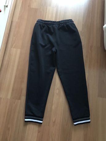 Спортивные штаны на девочку 12-13лет