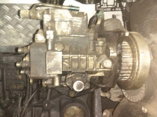 продам запчастини до двигунів т4 та все інше