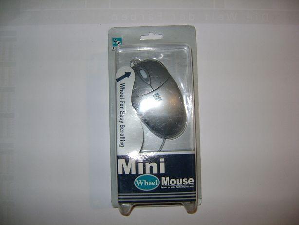 Мышь компьютерная с шариком и разъемом РS-2.