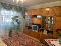 3-х кімн. кварт.64 м кв., кімн. окремі, вул. Комарова  (р-н школи №6).