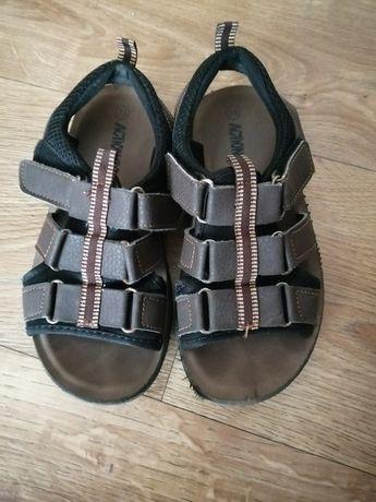Sandałki na rzepy roz 33
