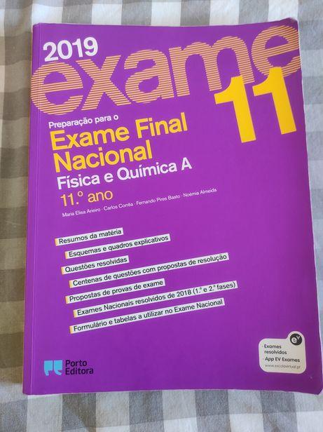 Livro preparação exame 11 Ano física e química