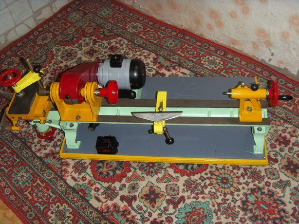 Продам  станок  токарный  по  дереву  СТД  120
