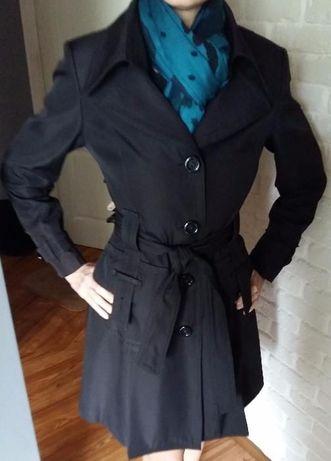 Продам молодежный стильный плащ ветровка куртка