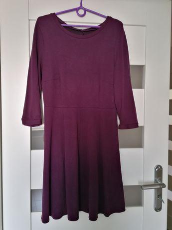 Śliwkowa sukienka z rękawem 3/4 szyta na miarę