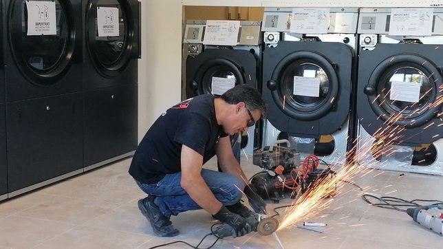 Aluguer de Equipamentos para lavandaria self service