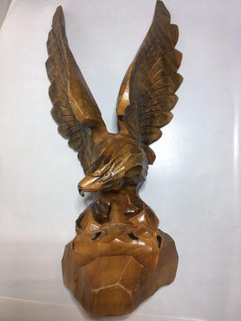 Орел деревянный ручной работы