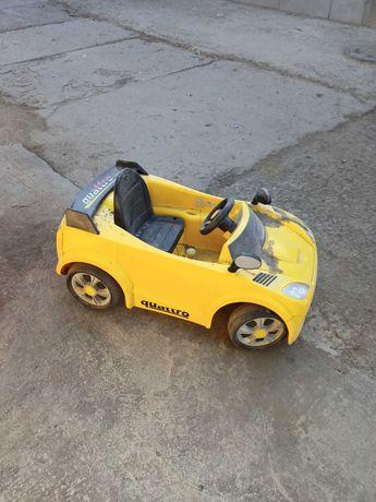 Машинка детская (электромобиль)
