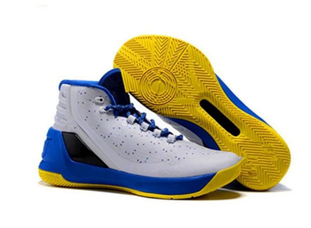Buty chłopięce Under Armour Curry3 32
